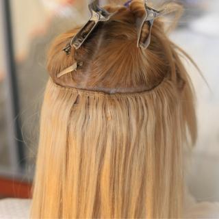 extensions μαλλιών
