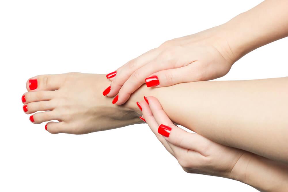Περιποίηση χεριών και ποδιών-Θεραπείες Peggy Sage