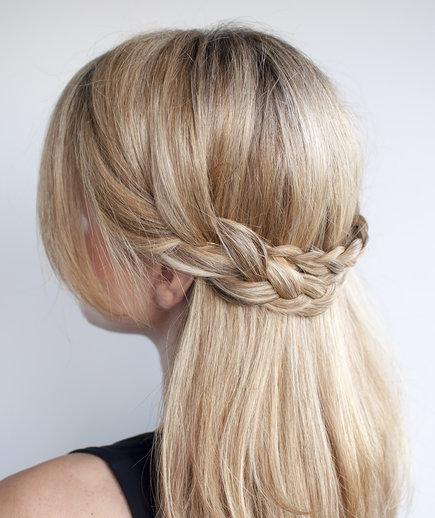 Χτενίσματα για το Γραφείο - Ξανθά μαλλιά - πλεξούδες