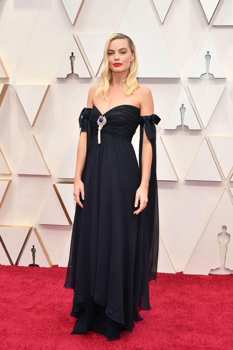 Margot Robbie κουρεμα oscars ολοσωμη