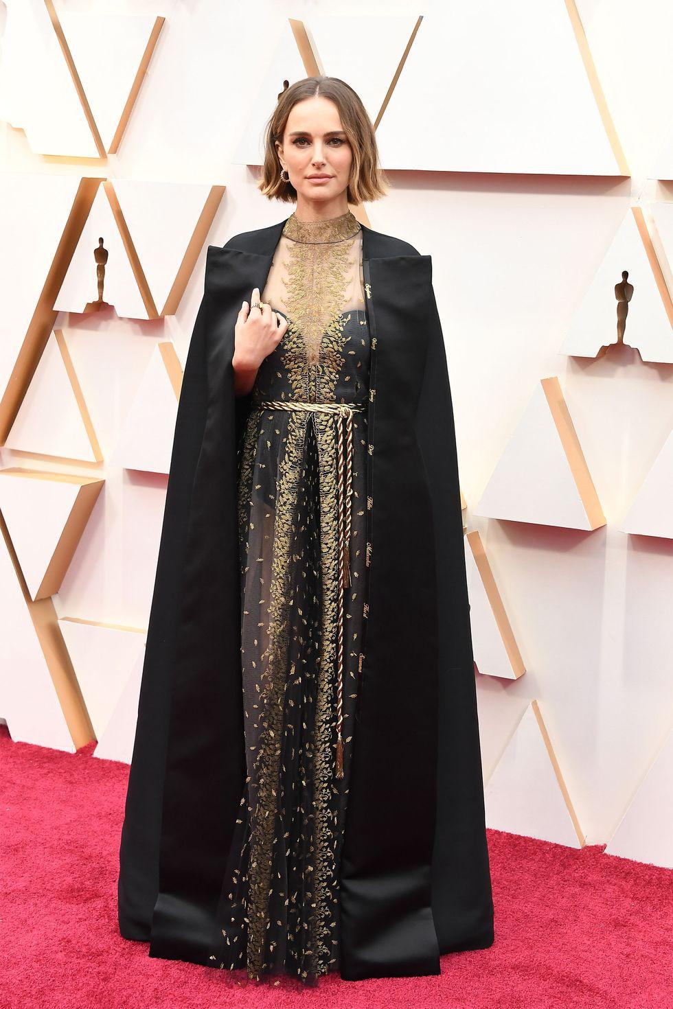Natalie Portman bob καστανο καρε ολοσωμη